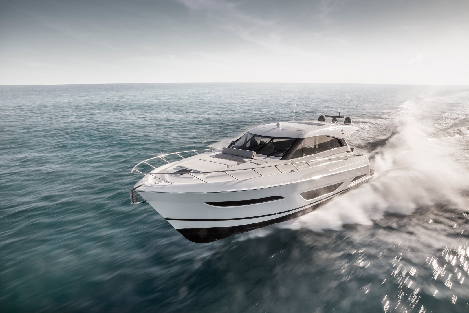 360 VR Virtual Tours of the Maritimo X60 – VRCLOUD