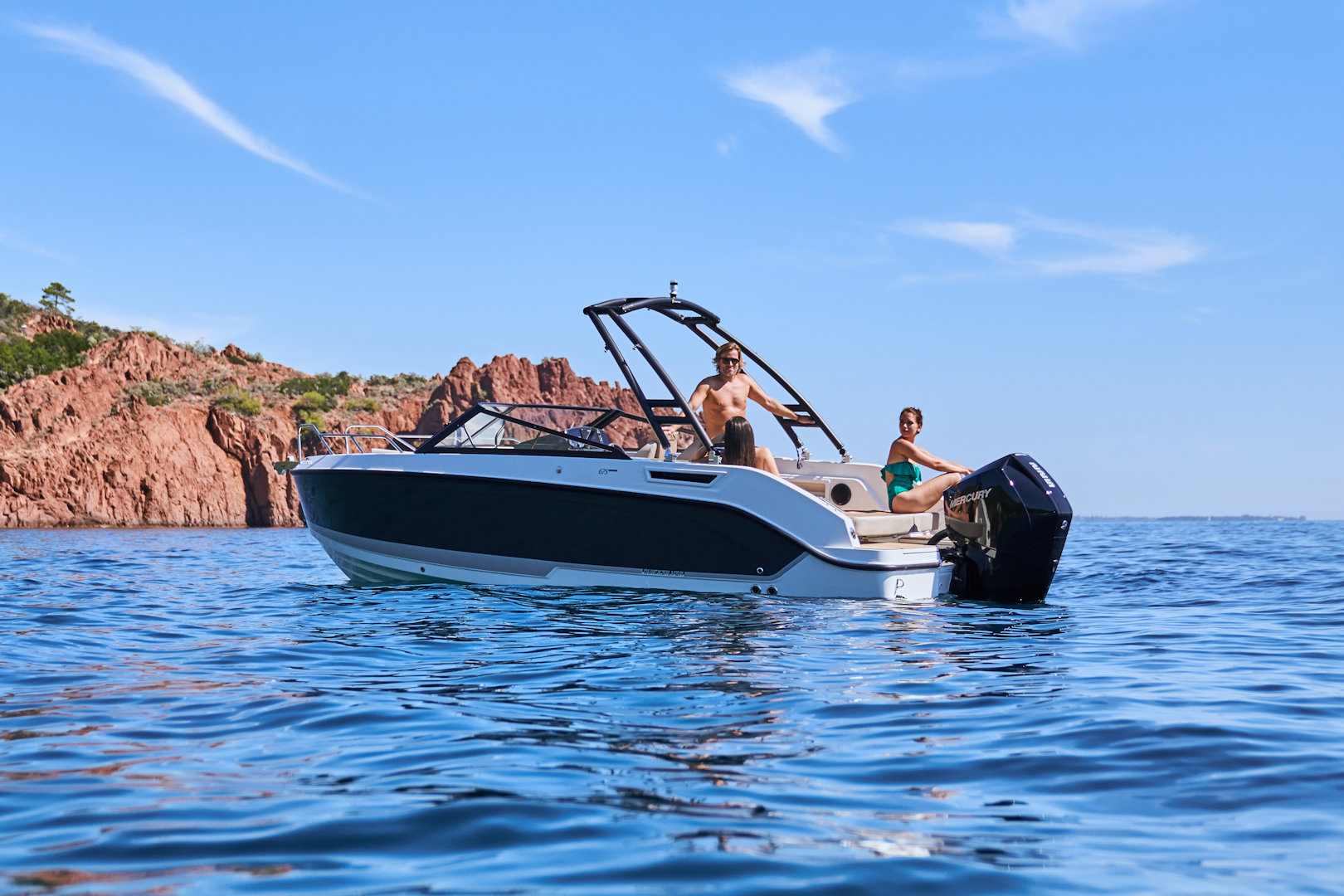 360 VR Virtual Tours of the Quicksilver Activ 675 Bowrider – VRCLOUD