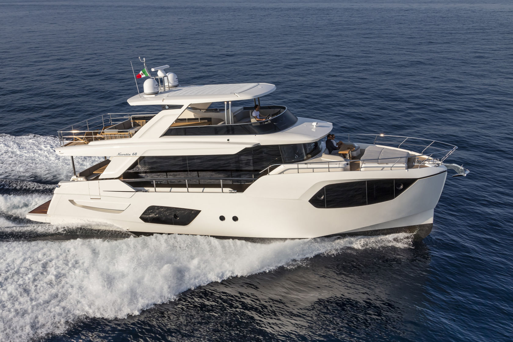 360 VR Virtual Tours of the Absolute Navetta 68 – VRCLOUD