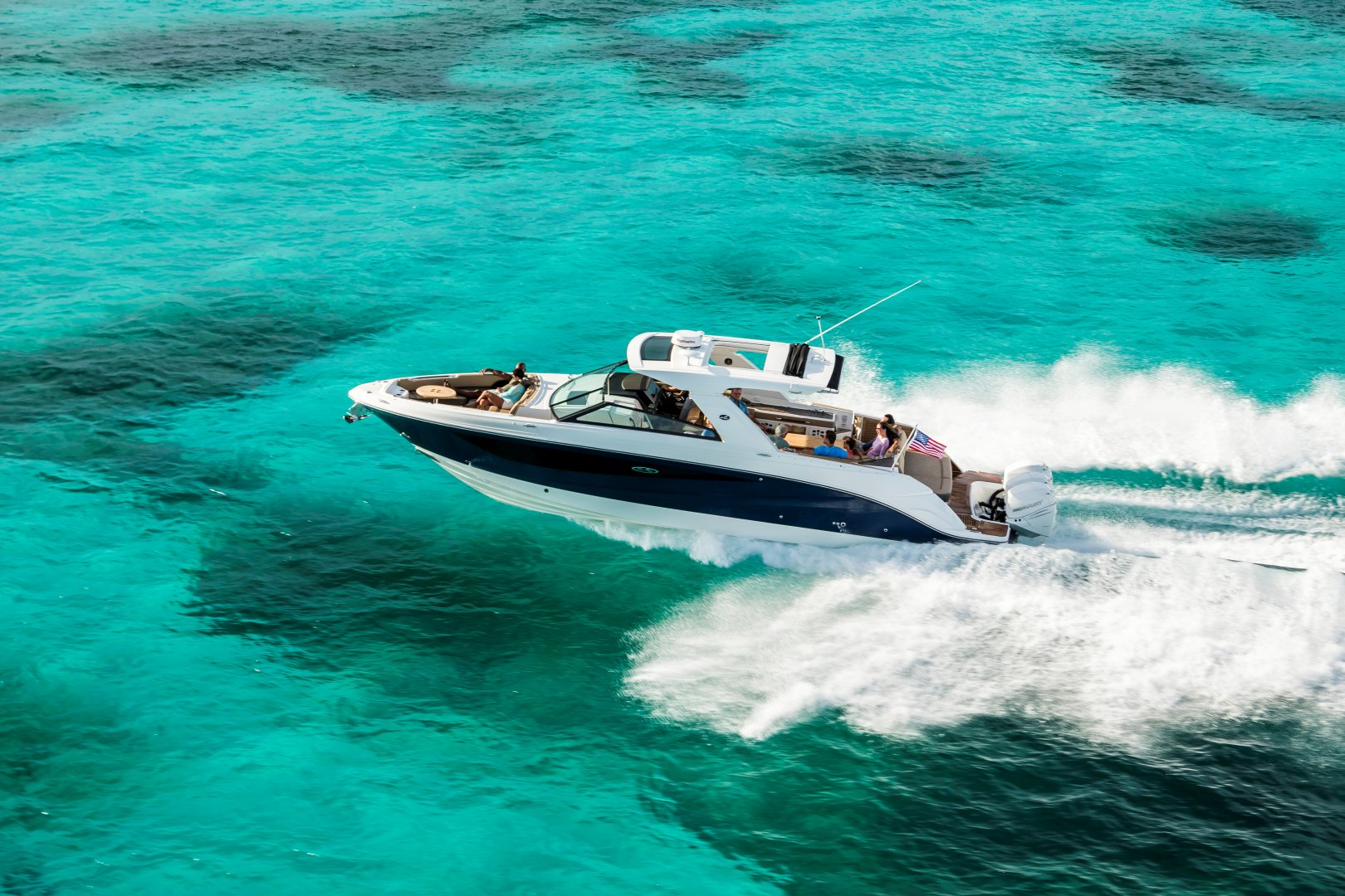 360 VR Virtual Tours of the Sea Ray SLX 400 Outboard – VRCLOUD